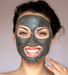 Charcoal Mask model 274x300 Charcoal Mask Treatment