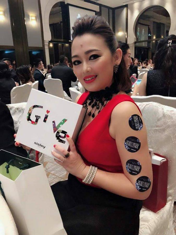 Glitz-&-Glam-beauty-award-2018-56-900x598